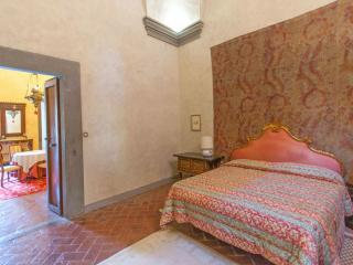 Tuscan Apartment in Historic Castle - Il Castello 5
