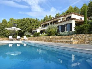 Villa Z, Sleeps 9, Montauroux