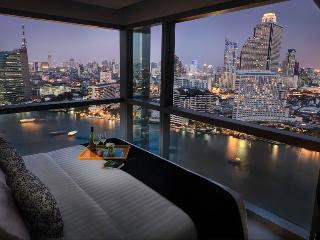 Luxury 3BR Near Chao Phraya!, Bangkok