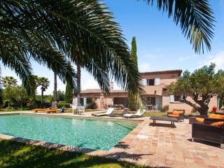 Ramatuelle Villa Sleeps 9 with Air Con and WiFi - 5238451