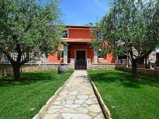 Villa Mala, Lovrecica