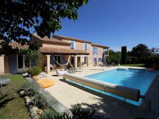 Villa avec piscine chauffée, Saint-Saturnin-lès-Avignon
