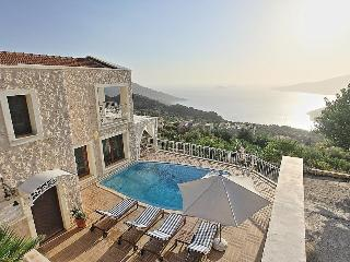 2 bedroom villa for a honeymoon, romantic couple, Kalkan