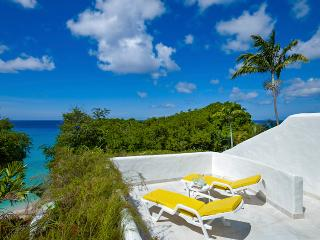 Merlin Bay - Eden on the Sea - Ideal for Couples and Families, Beautiful Pool