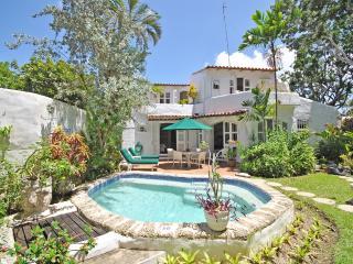 Private Tropical Getaway, The Garden