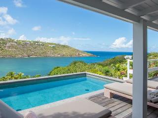 Marigot Bay - Ideal for Couples and Families, Beautiful Pool and Beach