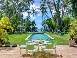 Nelson Gay - Ideal for Couples and Families, Beautiful Pool and Beach