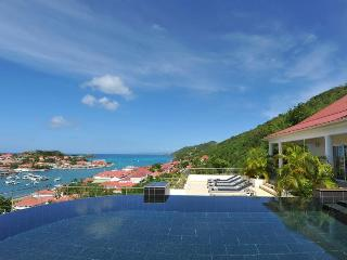 Prestige - Ideal for Couples and Families, Beautiful Pool and Beach