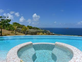 Located in the exclusive Montjean hillside, Marigot
