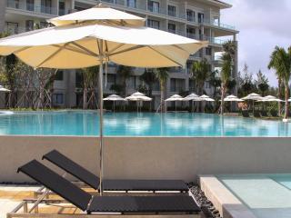 Gorgeous apartment with garden in 5* ocean resort