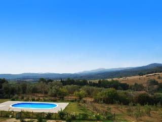 Villa with Pool on the Tuscan Beaches, Sasso Pisano