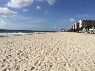 2/2 ON THE BEACH Fabulous Ocean View- LBTS/Pompano, Pompano Beach