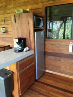 Casa Alta - Outdoor Kitchen w/ fridge, microwave, coffee maker and toaster