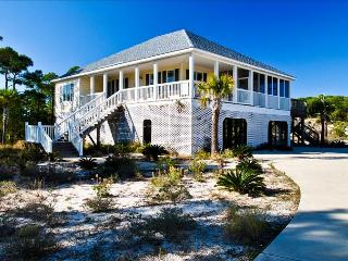 Dune Dance -Spacious DeSoto Landings Home  with Golf Cart .  Accessible!, Dauphin Island