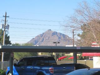 Perfectly Located--2 Bed/2 Bath Condo!, Scottsdale