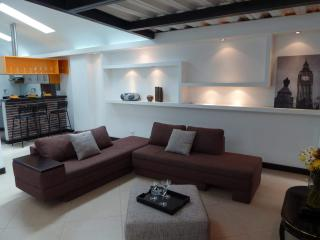 Beautiful penthouse fully furnished in Laureles, Medellin
