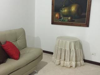 Apartamento muy cerca del Metro, Medellin