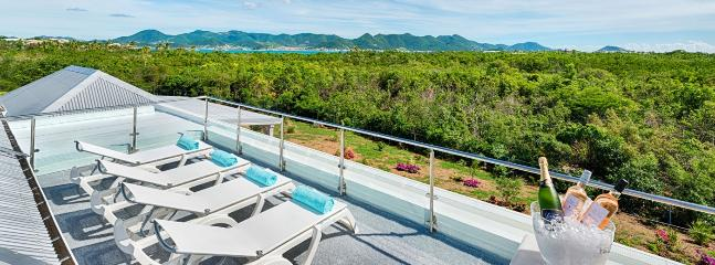Villa Bahia Blue 2 Bedroom SPECIAL OFFER, St. Maarten-St. Martin