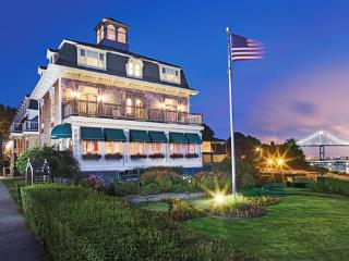 Wyndham Bay Voyage Inn - Narragansett Bay, Jamestown