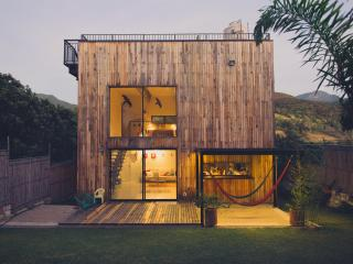 The Wooden Box Modern Architecture | Amazing Views