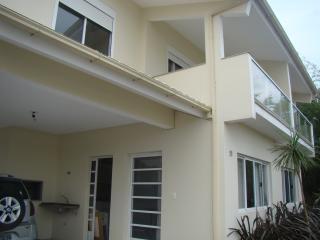 Casa condominio frente a praia Mole, Lagoa da Conceicao