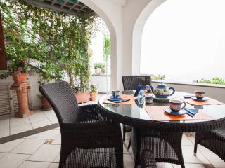 Apartment in Villa,  Positano center - WiFi free - A/C free - 2 Bedr, 2Baths,