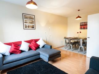 Two Bedroom London City Holiday Rental