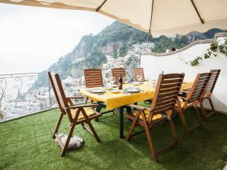 Apartment in Villa,  Positano Center - WiFi free - A/C free - 4 Bedr, 4 Baths