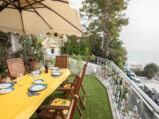 Apartment in Villa,  Positano Center - WiFi free - A/C free - 4 Bedr, 4 Baths