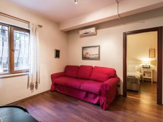 One-Bedroom Apartment,Istiklal