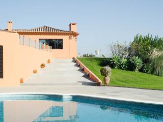 Luxury Holliday Villa WIFI, Malveira da Serra