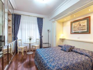 BIG ! - 4 ROOMS - 3 BATHS - VATICAN - ALL INCLUSIVE