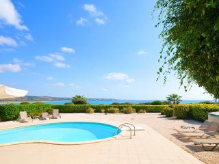 Luxury Sea Front Villa In Coral Bay., Peyia