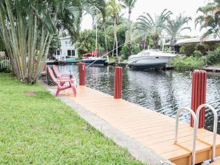 dock and floating dock for kayak launching