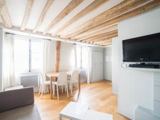 St Anne: Fantastic 2BR and 2BA apartment -Opera area, Paris