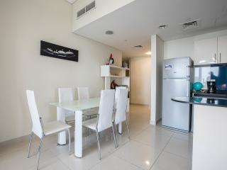 Luxury apartment for 4-6 pax front sea and Jumeira, Dubai
