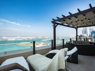 Amazing penthouse heart of Jumeirah  Beach Walk, Dubaï