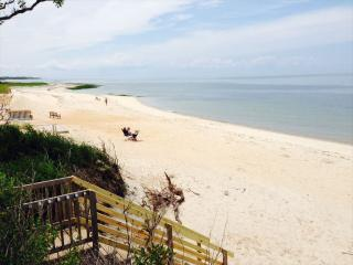 Beach Front with Private Beach Access at just 25 ft!, Brewster