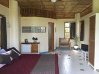 Momovillage 3rd Floor, holiday rental in Tawala