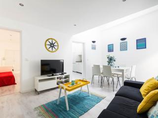 Sunny duplex apartment in the Castle area