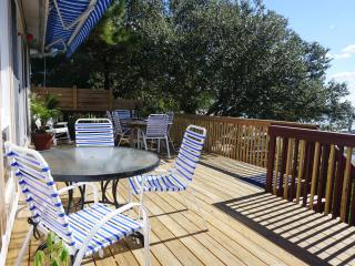 *WATERFRONT* SPACIOUS* 25 STEPS TO BEACH*