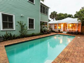 Spacious Home with Pool in Historic Downtown!, St. Augustine