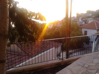 Apartment for Rental, Glossa