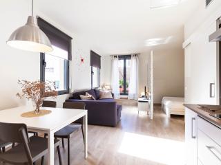 Apartamento con terraza 4 minutos al PASSEIG DE GRACIA, Barcelona