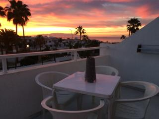 Comfortable studio apartment with ocean view, Playa de Fanabe
