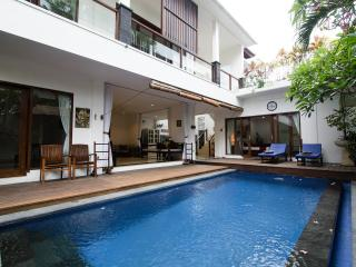 New Renovated in Seminyak Oberoi