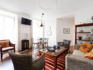 Elegant S. Miguel Apartment, Alfama