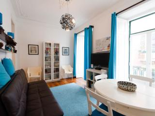Charming and Cosy Apartment in Chiado