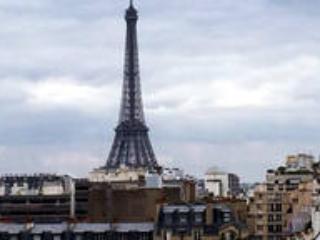 2 pieces Luxueux Terrasse Vue Tour Eiffel.