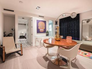 Stunning Designer Apt in SouthBeach, Miami Beach